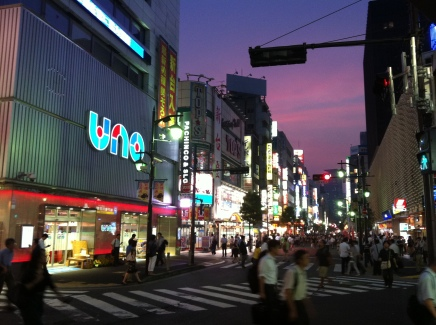 Hot night in Shimbashi 1 pachinko