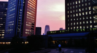 Hot night in Shimbashi 1 shiodome 1