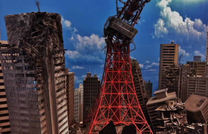 A model of Tokyo Tower after being destroyed by monsters.