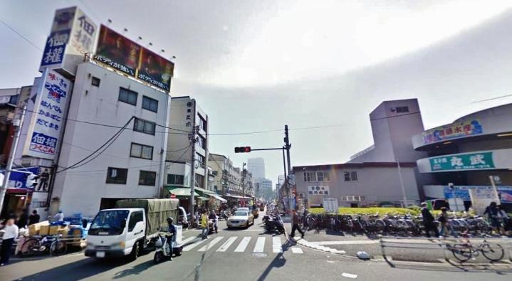 Ichibabashi gate Tsukiji fish market