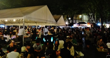 Keyaki Hiroba Spring Beer Festival night tents