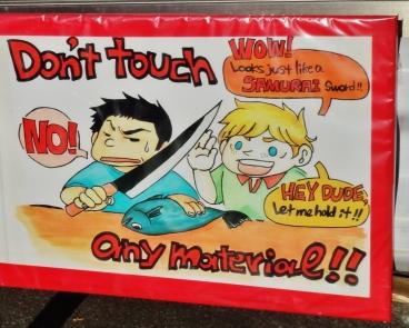 Tsukiji market visit do not touch knives