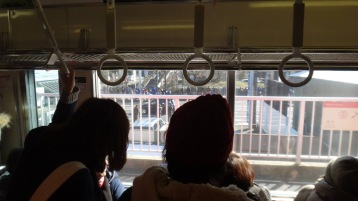 hakone-ekiden-following-the-action-from-the-train